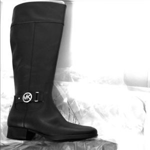 NWT Michael Kors Harland Leather Boots Size 8.5WS